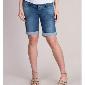 "Seraphine ""April"" Bermuda maternity shorts size 8"